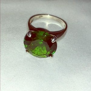 Jewelry - Vintage Green Sterling Silver Cocktail Ring 10